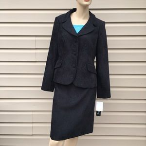 🆕,Original Tags Jones of N Y Suit/Skirt